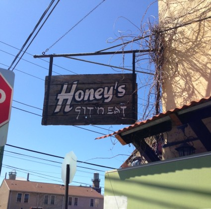 Honey's Sign