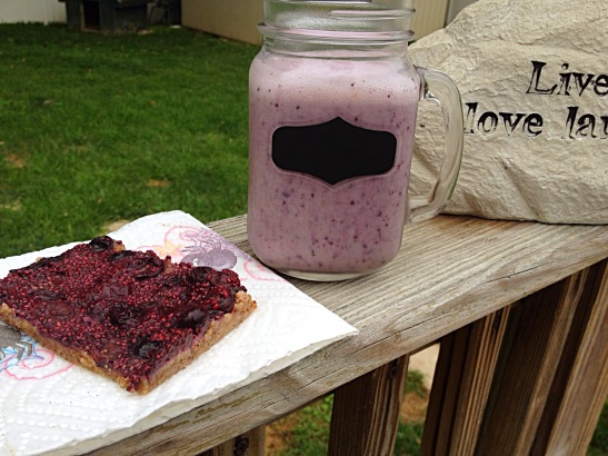 Blueberry Jam bar & Blueberry Banana Smoothie